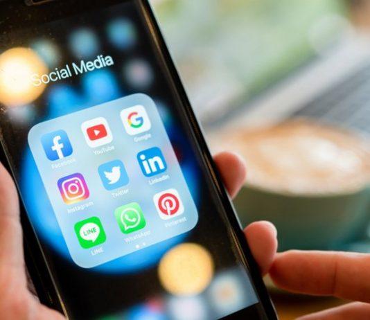 Une utilisation importante de plus de 3 heures par jour des réseaux sociaux peut nuire la santé mentale des adolescents.